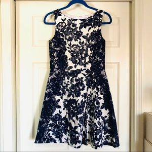 NWT Jessica Simpson Floral lace Dress size 8